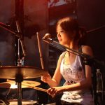 台灣最美麗的女鼓手 ─ 回聲樂團鼓手慕春佑