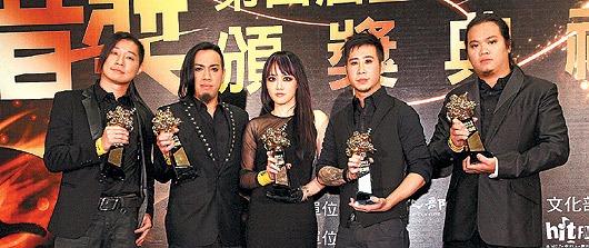 閃靈在國外也頗具名聲,可見台灣音樂若與海外音樂競爭,實力依然堅強。