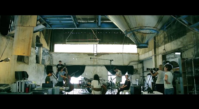 王榆鈞說錄音現場的氣氛真的很棒,就是〈跳舞吧!〉這首歌應該有的模樣。