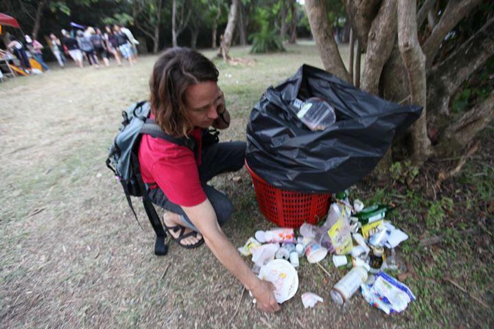 不管到哪裡都不應該亂丟垃圾,別因為音樂節太嗨就忘記了!