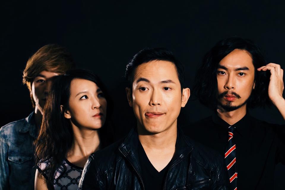 九月初慶祝生日的主唱吳柏蒼,今 (23) 發佈樂團即將於明年暫停活動。