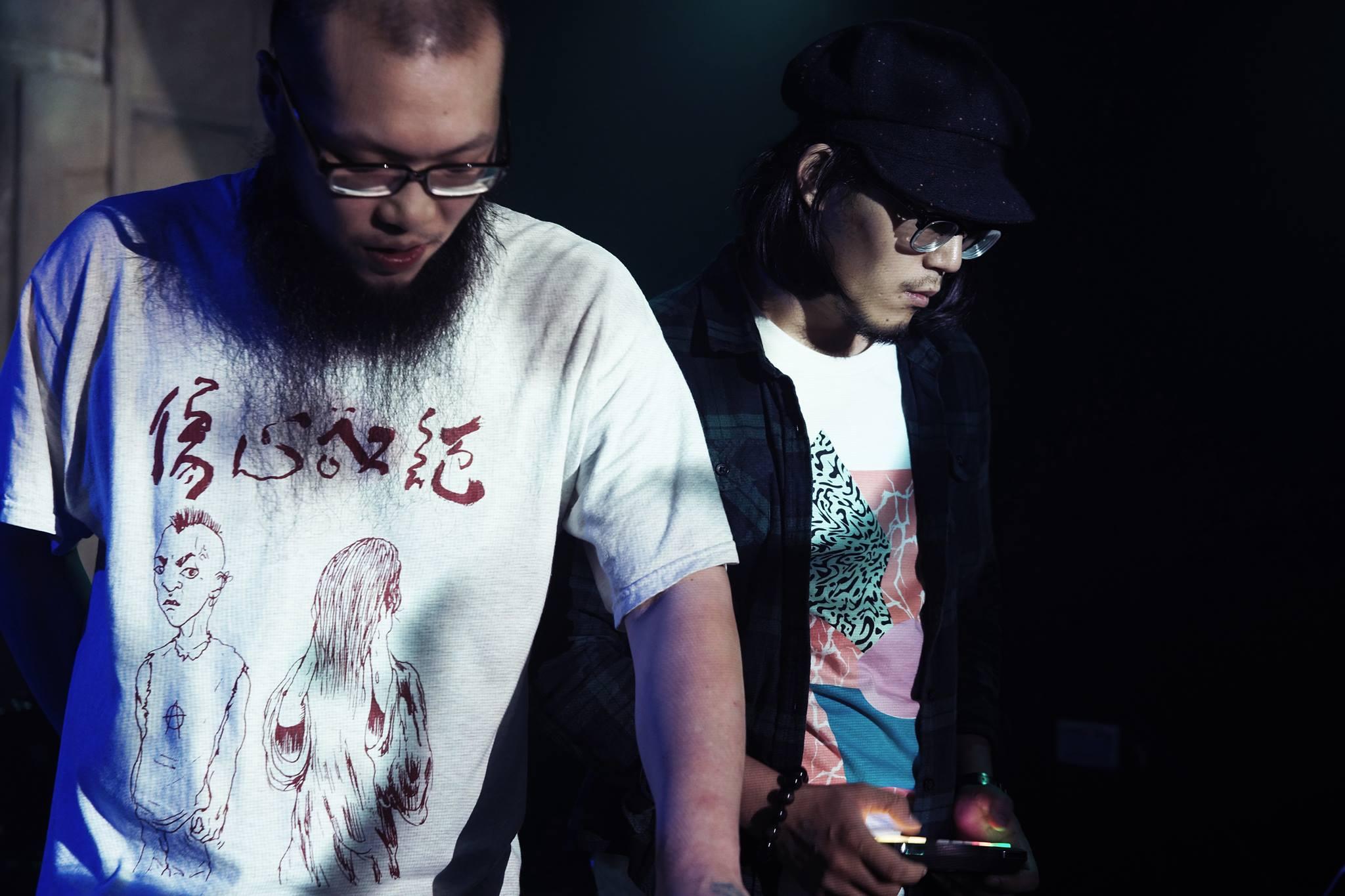 特別來賓官靖剛(左)與操刀視覺 VJ 的邱群,想必精彩可期。(Photo by 朱旻修)