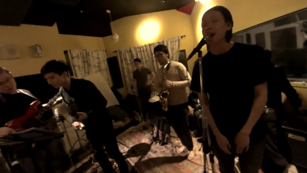 LEO37 與 Mellow Groove 練團,精心準備 1/30 的 SWITCH 演出。