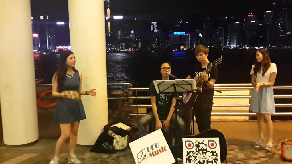 香港街頭表演隨時會被警察驅趕