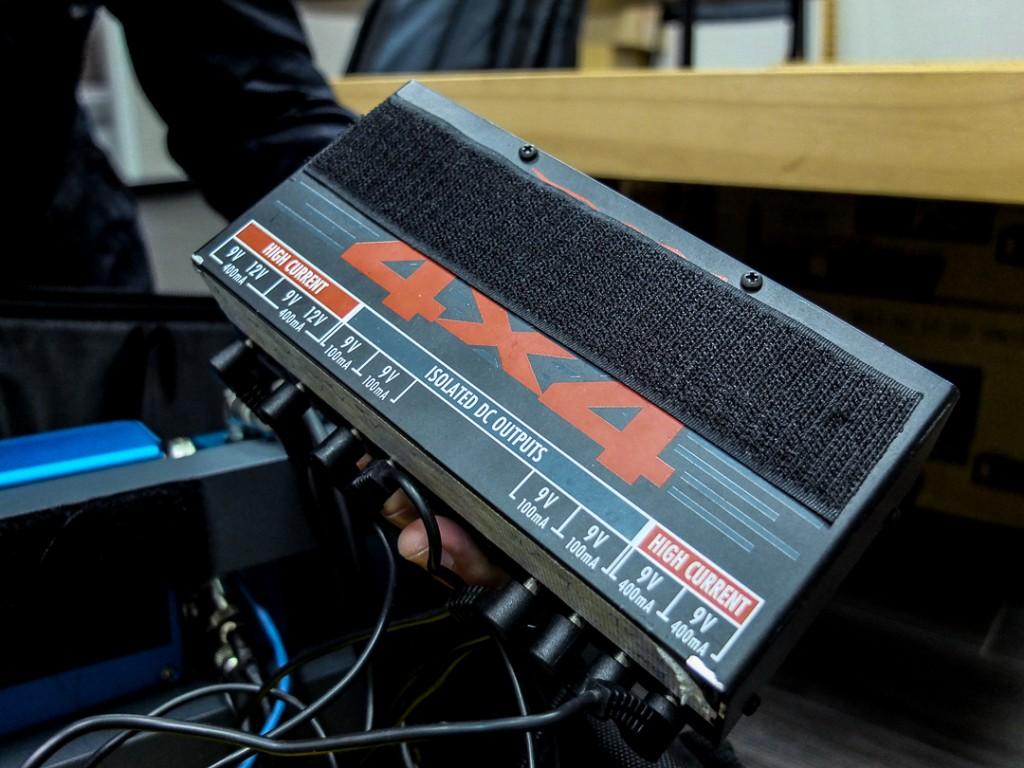 李詠恩使用的效果器電源供應器,Voodoo Lab