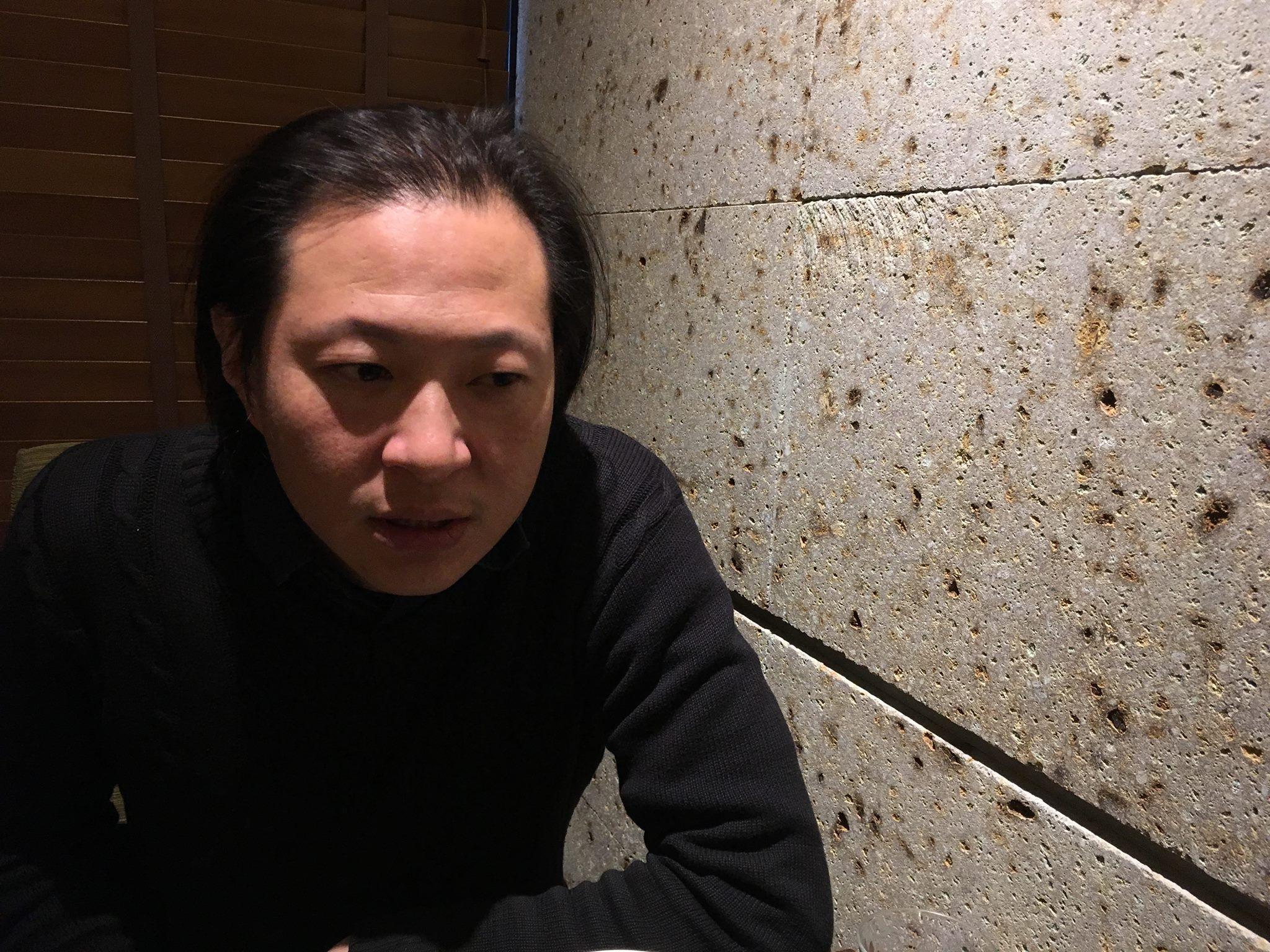 忠敏哥:「我對土地有很深的情感,想要做的是一個抗議者,覺得現在的環境很糟,但我們不應該只有悲觀,我想要從越黑暗的地方看到一些光......。」