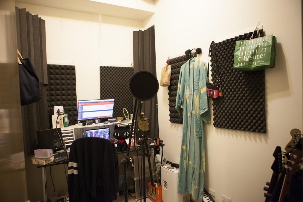 暴君產出專輯的工作空間