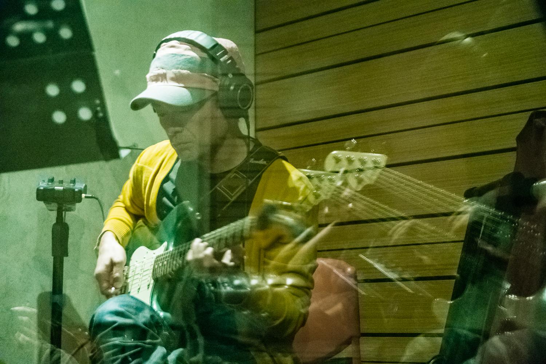 大竹研至今仍每日練琴,早川徹默默看在眼裡,也以持續練習砥礪自己進步。