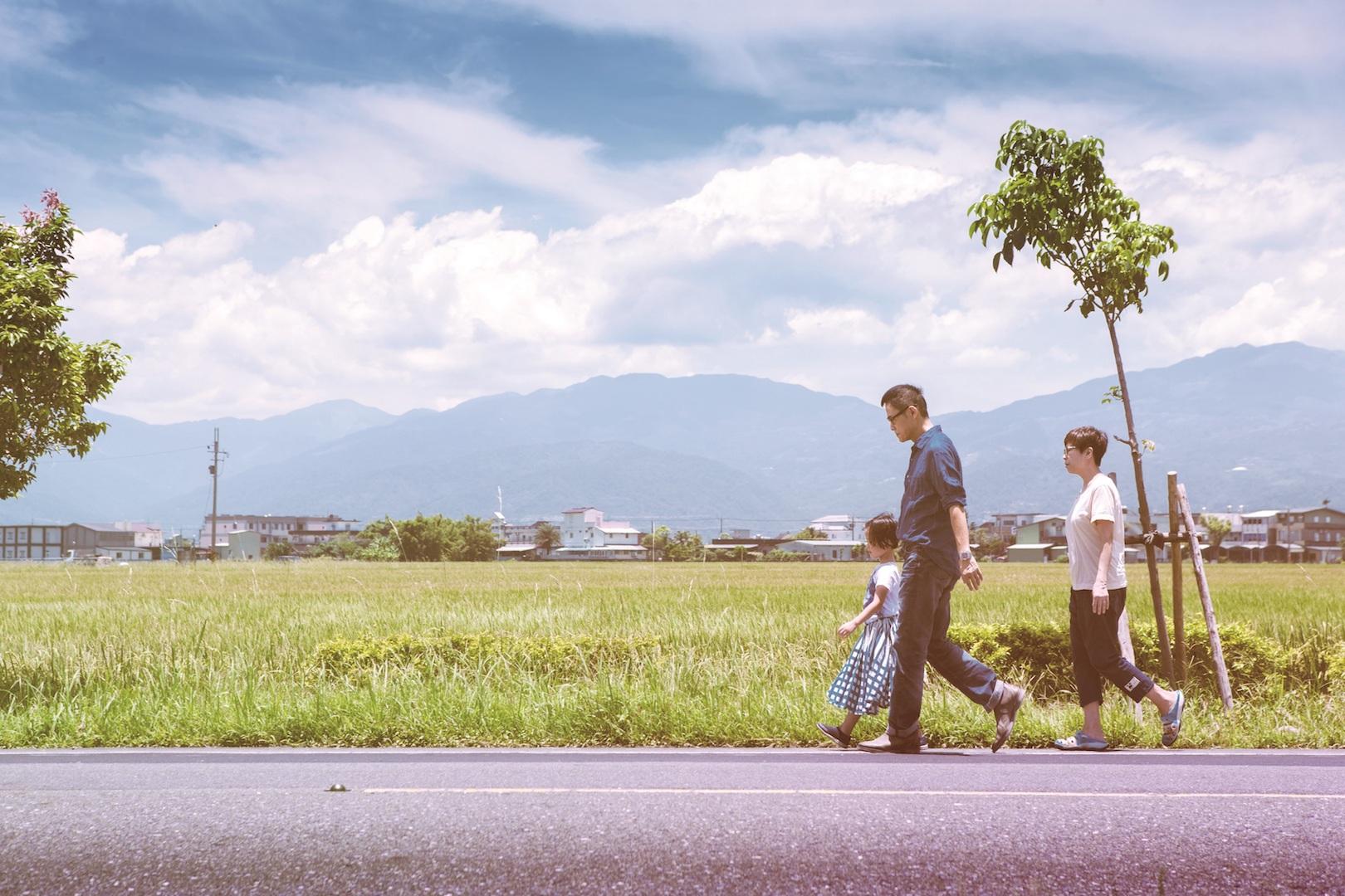 羅大佑拍攝專輯封面照,一家三口總動員至宜蘭取景。