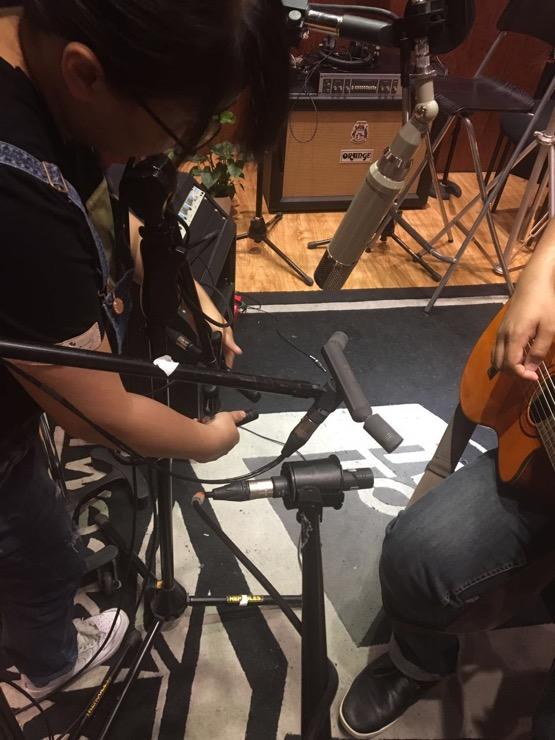 在TTL錄製MATZKA新專輯中的Flamenco吉