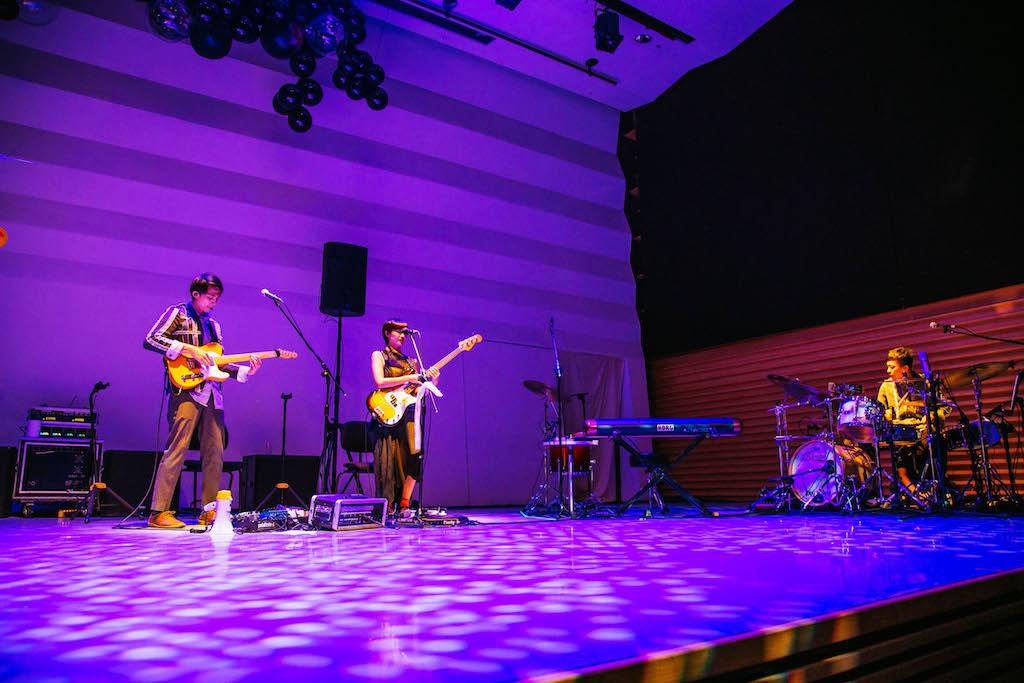 大象體操與劇場編導李憶銖合作的搖滾音樂劇《橋》首演。(MIAO's photography 提供)