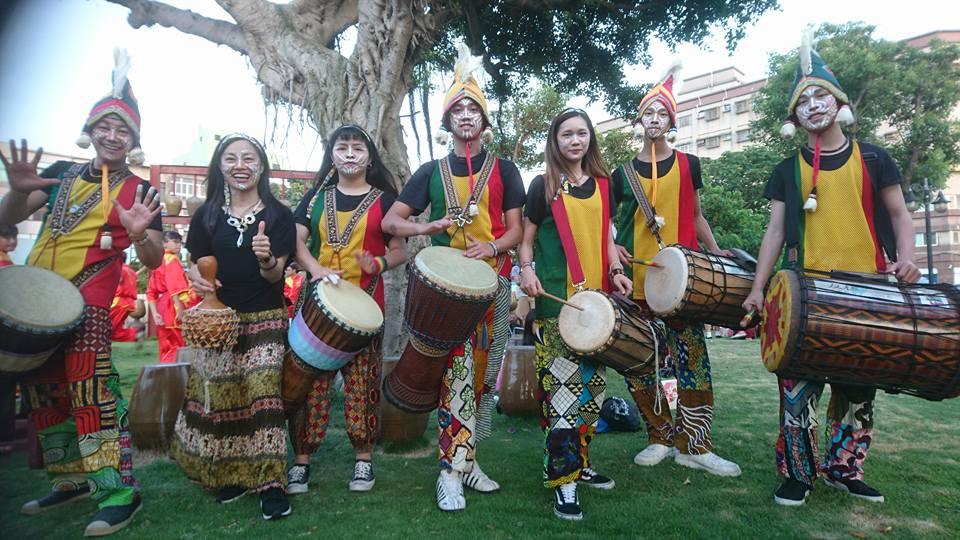 「空空把西非擊鼓樂團」的圖片搜尋結果
