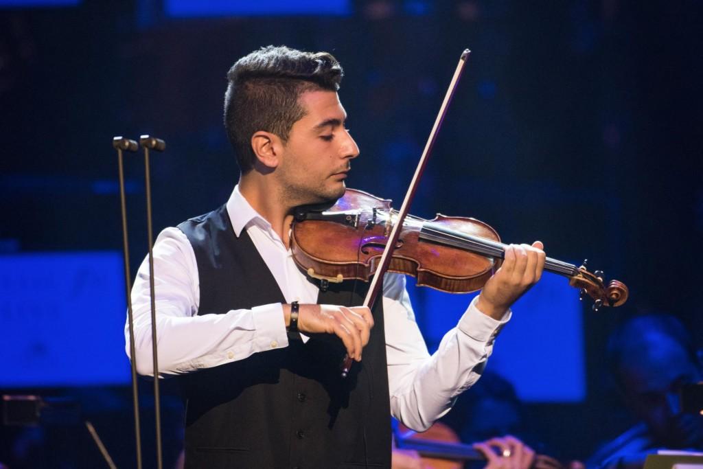 拉米在 2017/9/19 的音樂會上與茅斯交響樂團( Bournemouth Symphony Orchestra)協奏演出