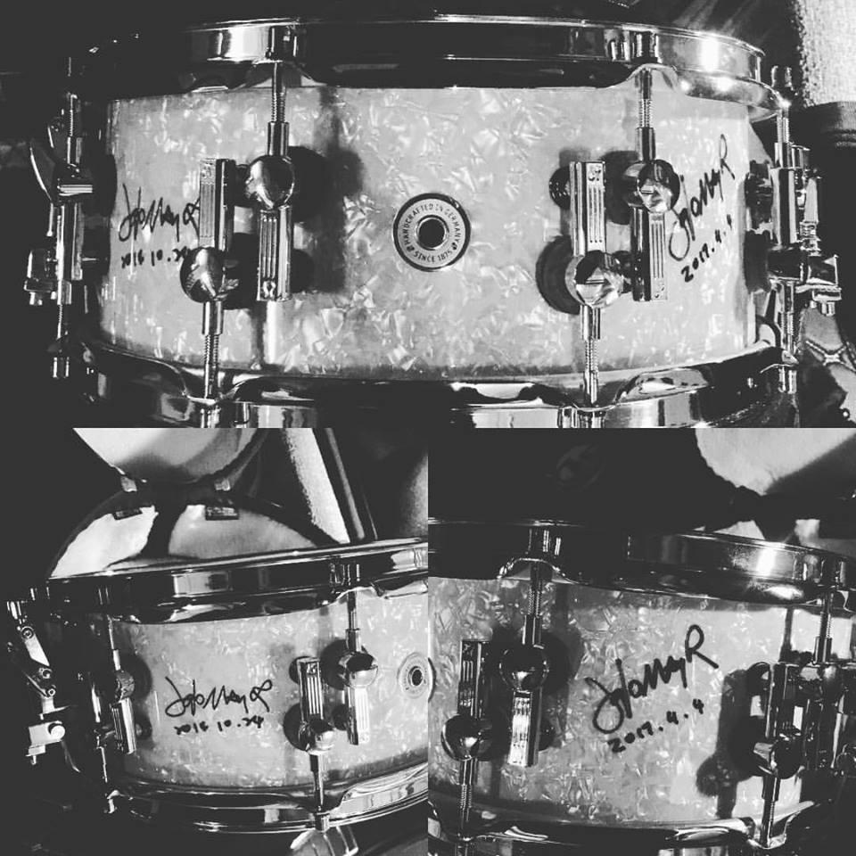 這顆小鼓已經收集到兩次簽名啦!