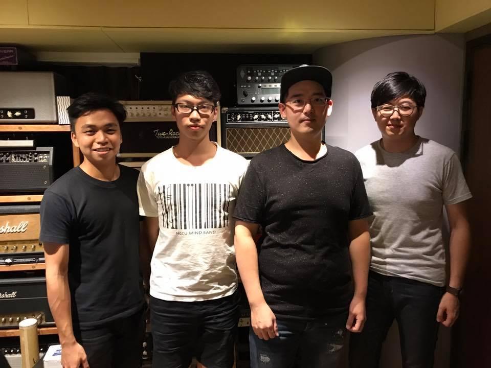 Sandbox 在最新專輯中邀請到薩克斯風演奏家江川徹(右二)跨刀合作。