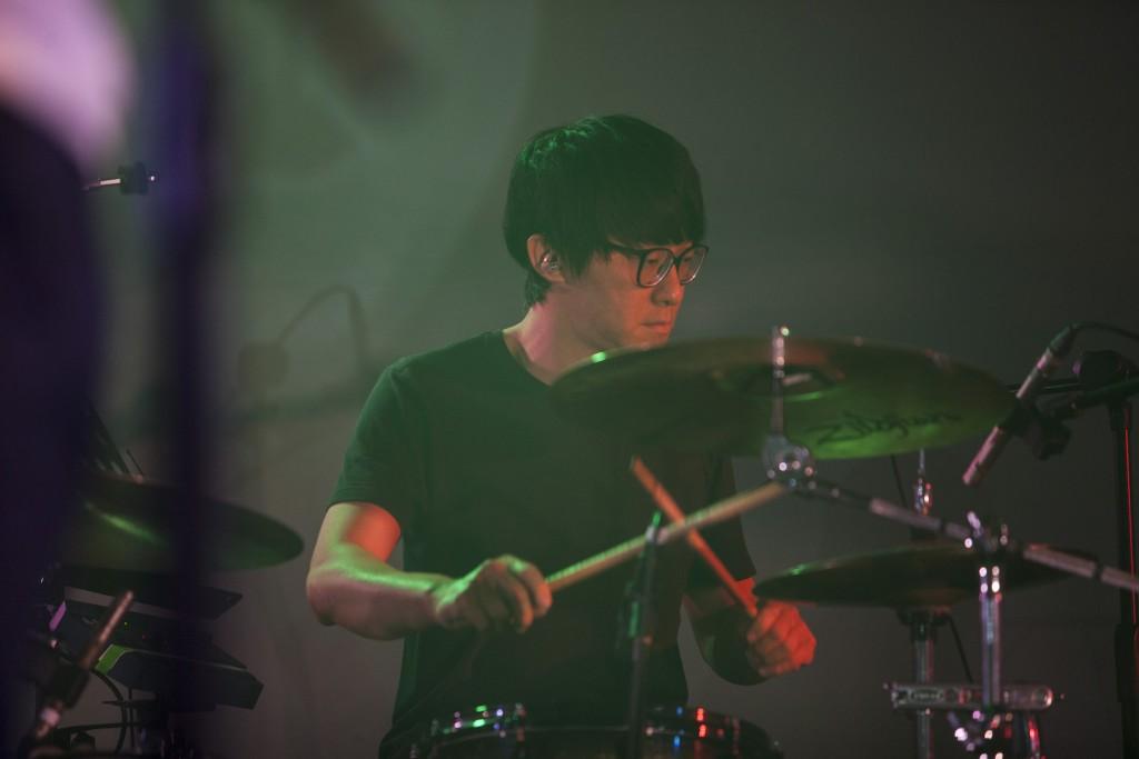 鼓手凱同,現任銀巴士鼓手。