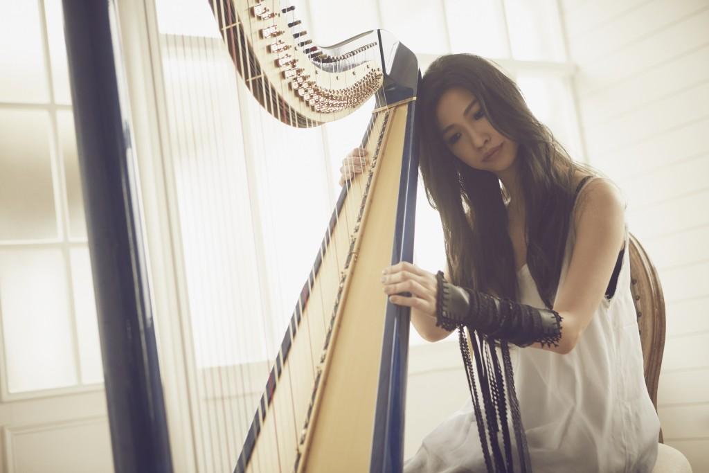 蘇打綠青峰力薦的才女蘇珮卿,是亞洲獨一無二的豎琴創作歌手,入圍第29屆金曲獎的她7月21日將於誠品Fun聲演出全新作品《中途迷失》。