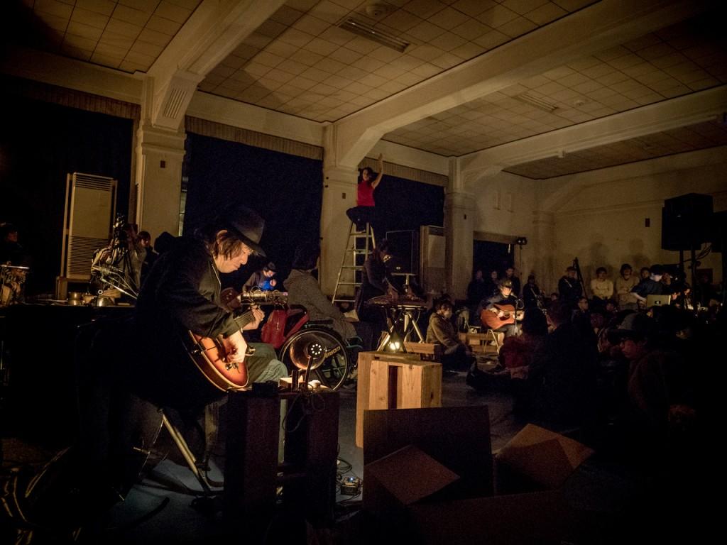 日本領導性實驗音樂藝術節 AMF 的演出實景