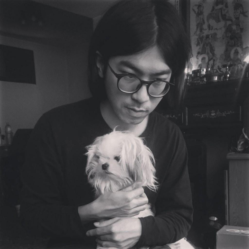 俊彥與他的狗狗。