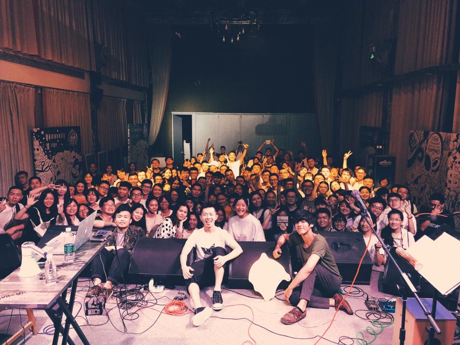 深圳的觀眾很溫柔,希望下次來可以去到更大的場地