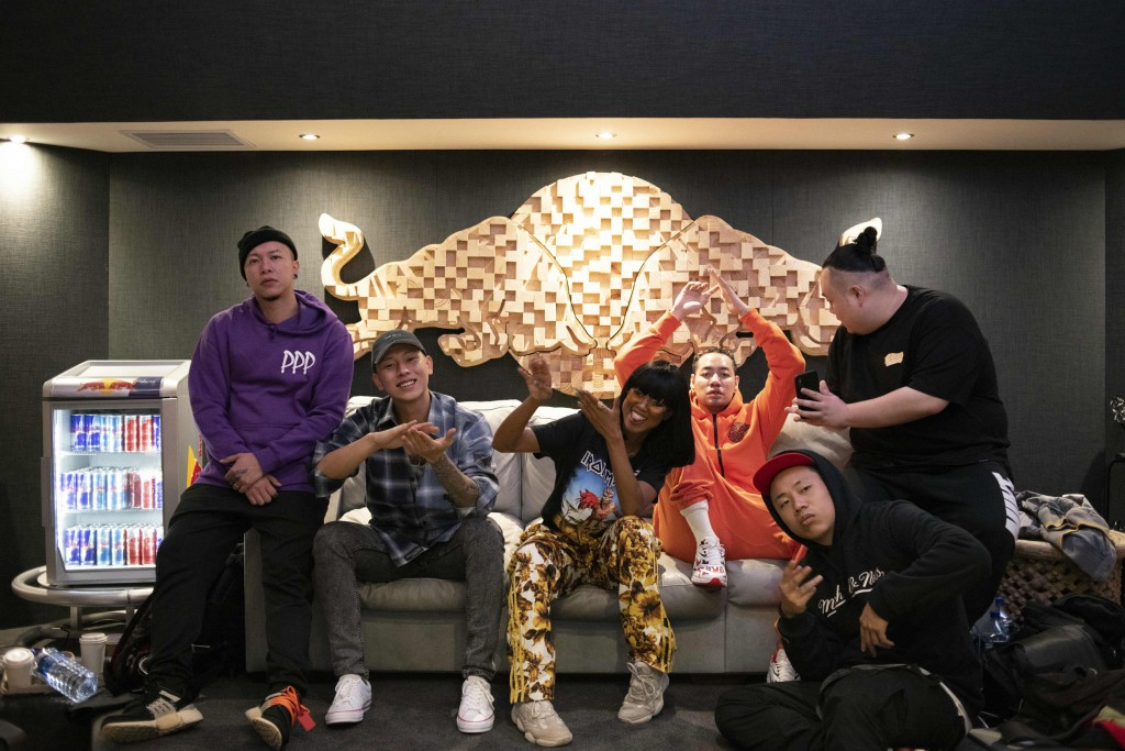 RED BULL攜手頑童MJ116、陳星翰、Tipsy前進開普敦,合作南非嘻哈新后Moozlie推新單曲