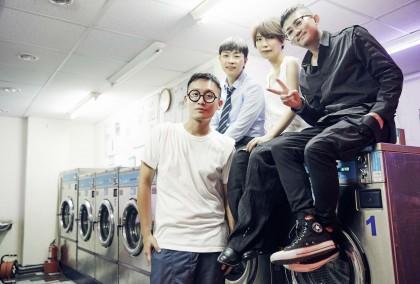 (右起)前源、惠婷、旺福肚皮及 MV 導演蘇三毛。