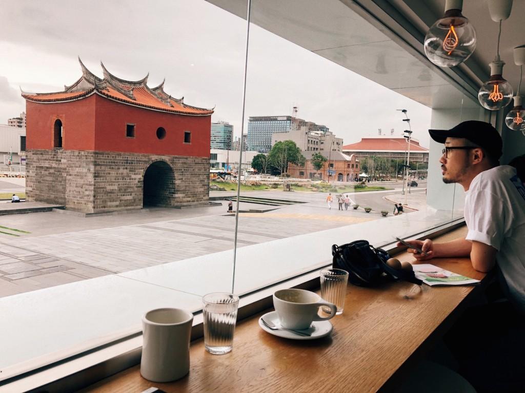 Lu1來台北後的生活,常常逗留在北門與咖啡店。