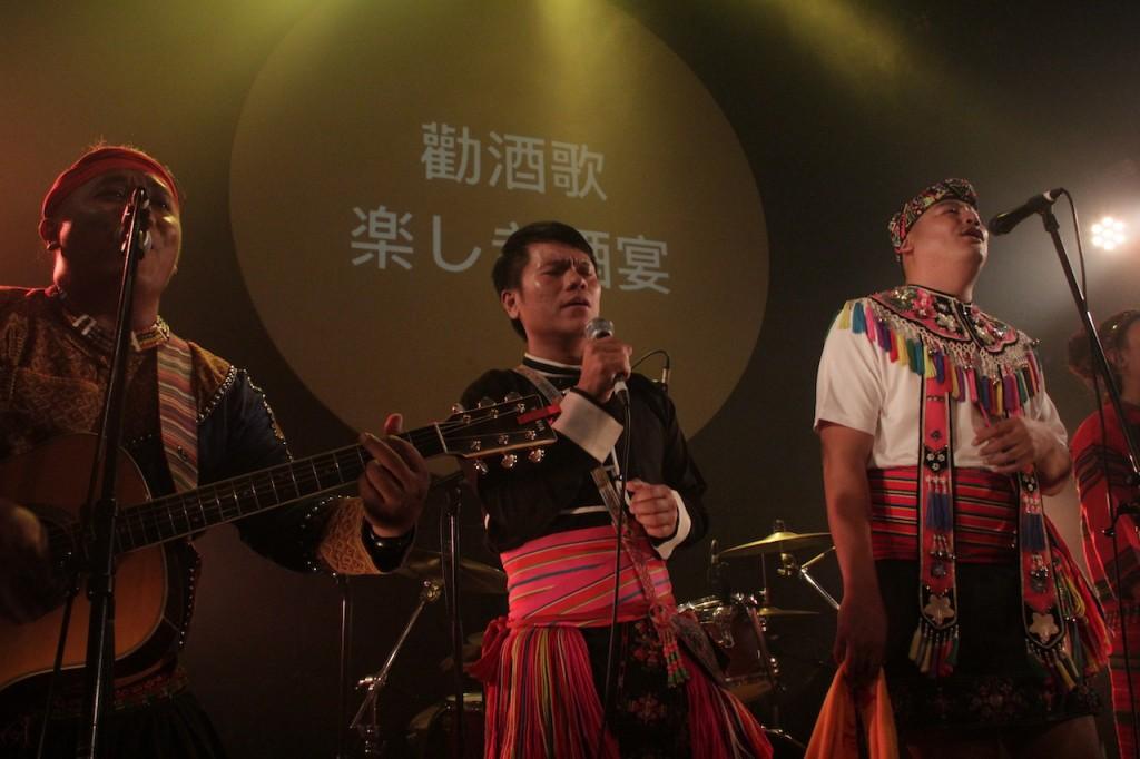 Suming 與嵐馨樂團一同赴日本演出。(攝影:高桑常寿)