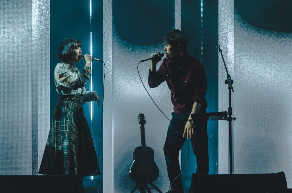 告五人首度開唱挑戰2000人大舞台