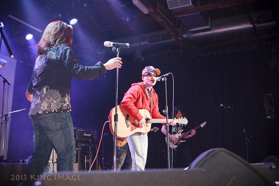 老諾的主音樂團已改組為海諾音大樂隊,將再度與濁水溪公社小柯在浮現祭合體演出。(老諾提供)