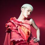 「國際美人」鍾明軒首發單曲 感謝製作人陳珊妮教唱:被帶到另一層境界去了!